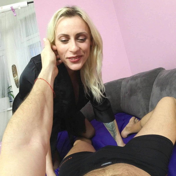 POV sex with nice milf - Photo 2 / 16