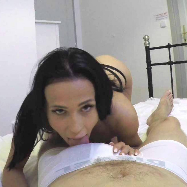 Sweet brunette gets some POV fucking - Photo 1 / 16